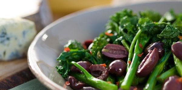 Broccoli Rabe with Kalamata Olives