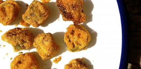 Cornmeal Crusted Okra Bites