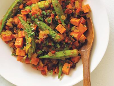 Okra_Sweet_Potatoes_Curried_Tomato_Sauce (c) Teri Lyn Fisher copy.jpg